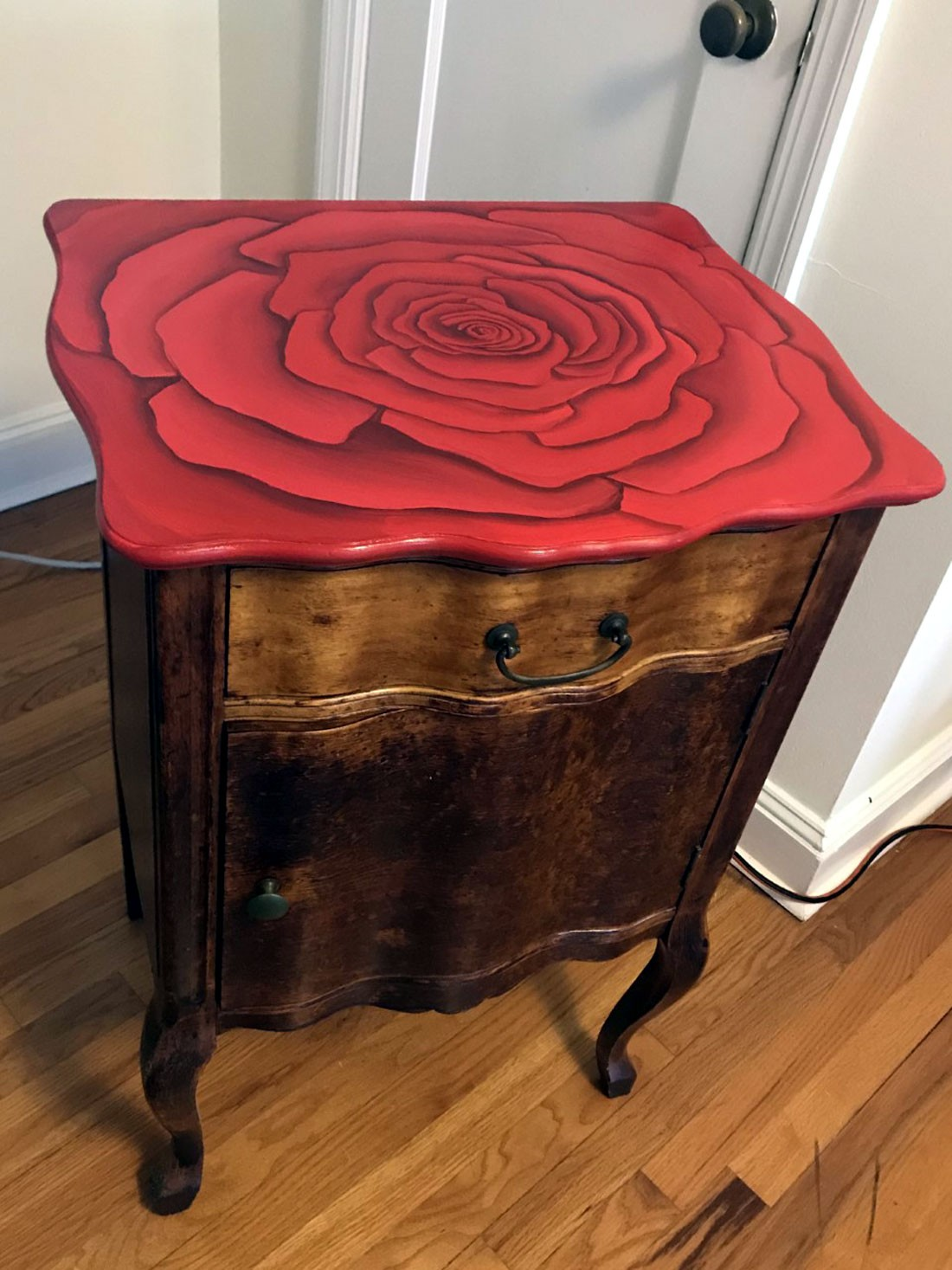 Night Stand - Rose Floral Design